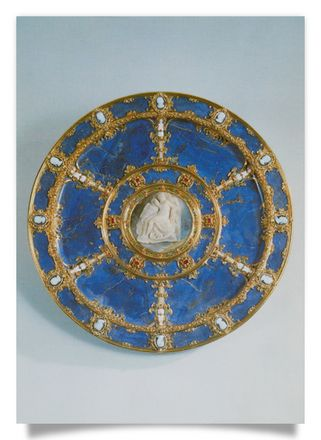 Basin, Lapislazuli with agate cameo